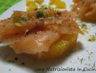 antipasto con arance salmone e pistacchi