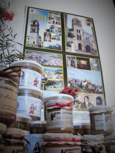 barattoli di olive dop di gaeta in salamoia e olive di itri