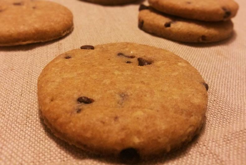 biscotti gocciole di cioccolato integrali