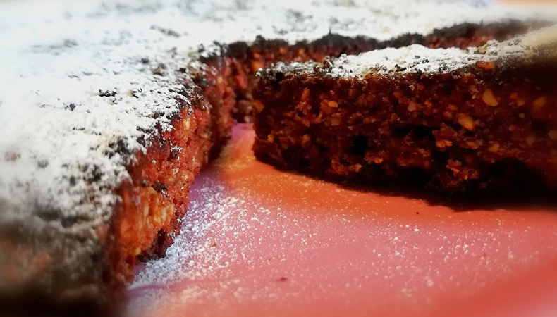 tosta caprese con cioccolato e anacardi