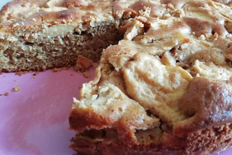 torta di mele integrale con cannella