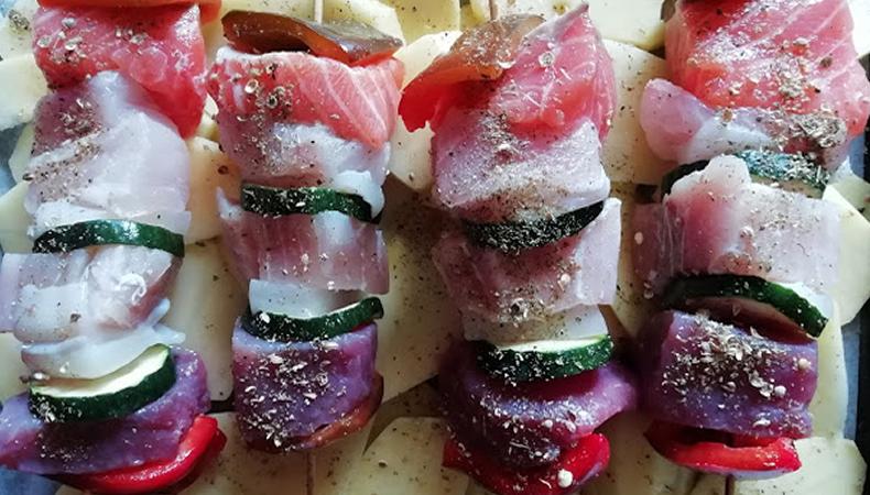 spiedini di pesce con patate